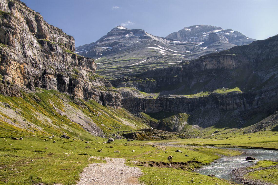 Centenario de Ordesa - Paisaje del Parque Nacional de Ordesa y Monte Perdido