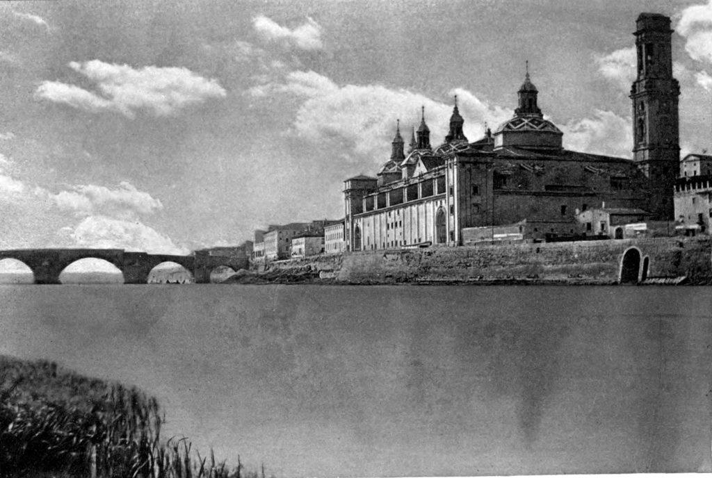Fotografias antiguas de Zaragoza - Ebro y Pilar en construccion