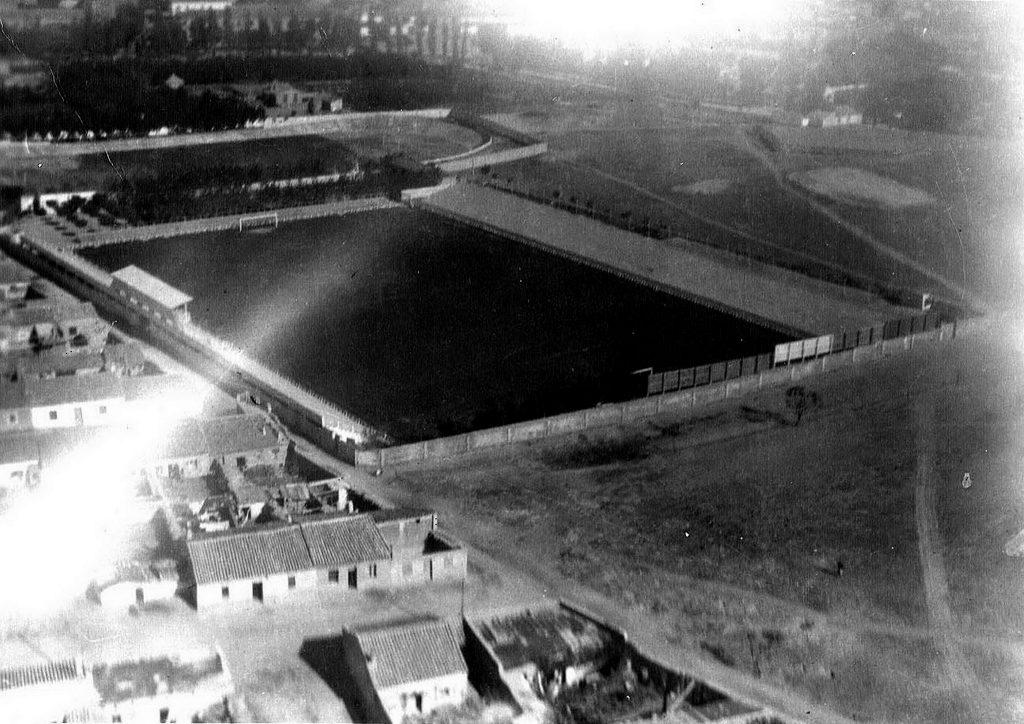 Campo de fútbol de Torrero, situado en la calle Lasierra Purroy