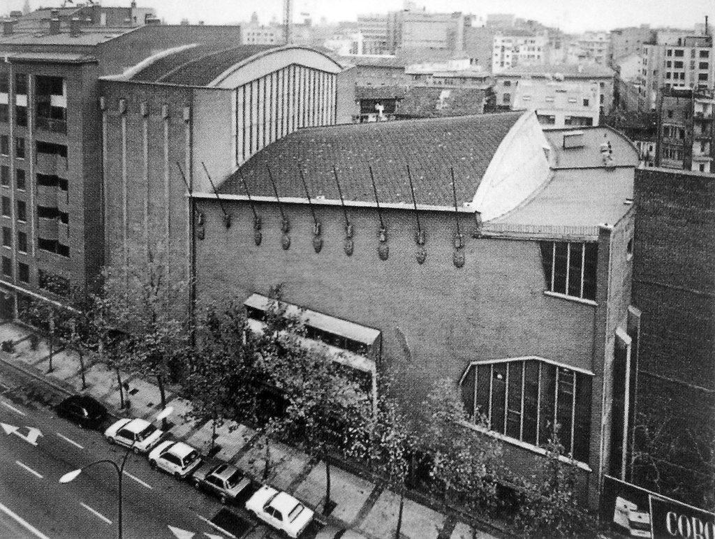 Edificio Gran Teatro Fleta de Zaragoza desde la avenida César Augusto