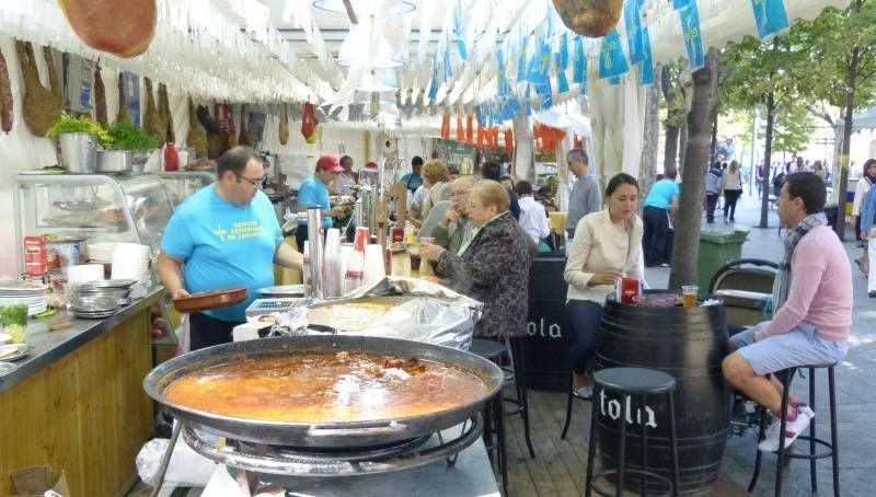 Feria de turismo, gastronomía y cultura en la plaza de Aragón