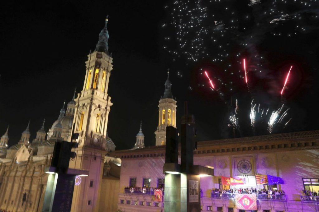 Pregón Fiestas del Pilar, en la plaza del Pilar