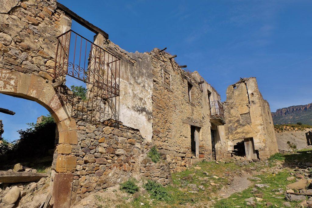 Restos de Escó, en la comarca de la Jacetania