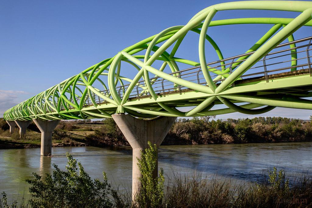 La pasarela del Bicentenario, en La Cartuja de Zaragoza