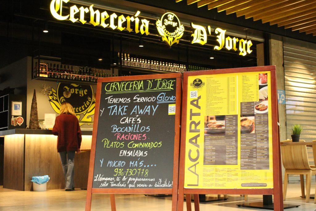 Oferta de servicios y comida de Cafetería DJorge
